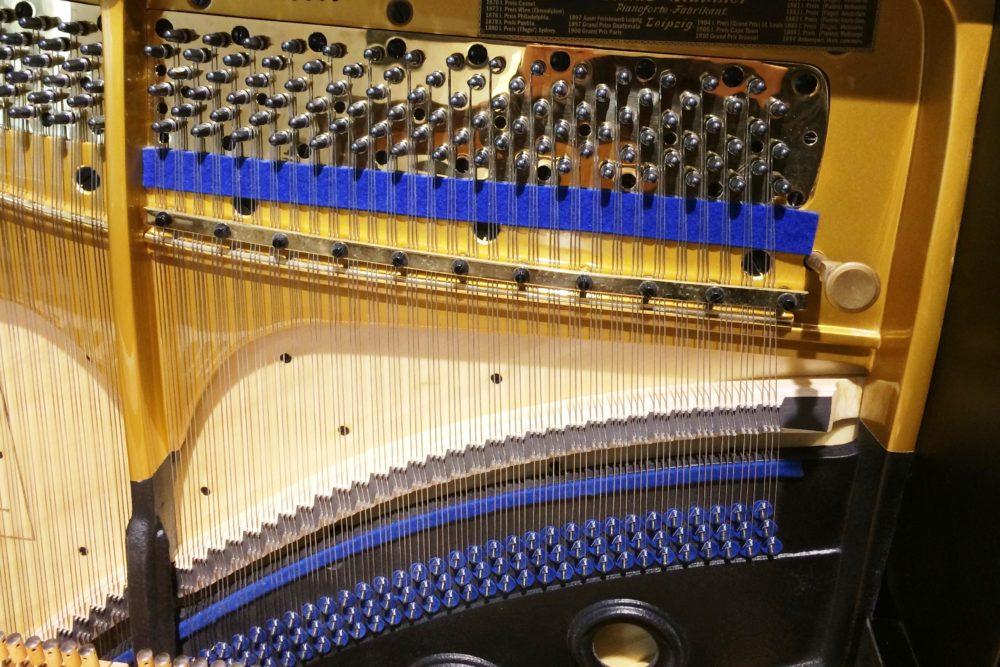 Blüthner Klavier Stimmwirbel