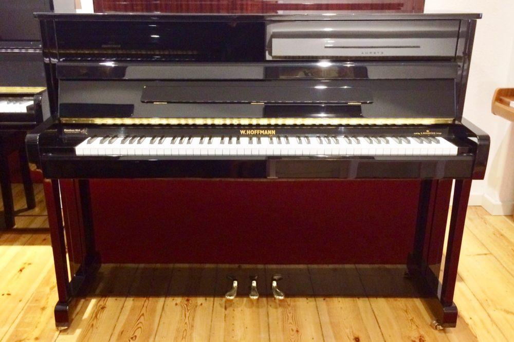 W. Hoffmann Klavier, Mod. V112