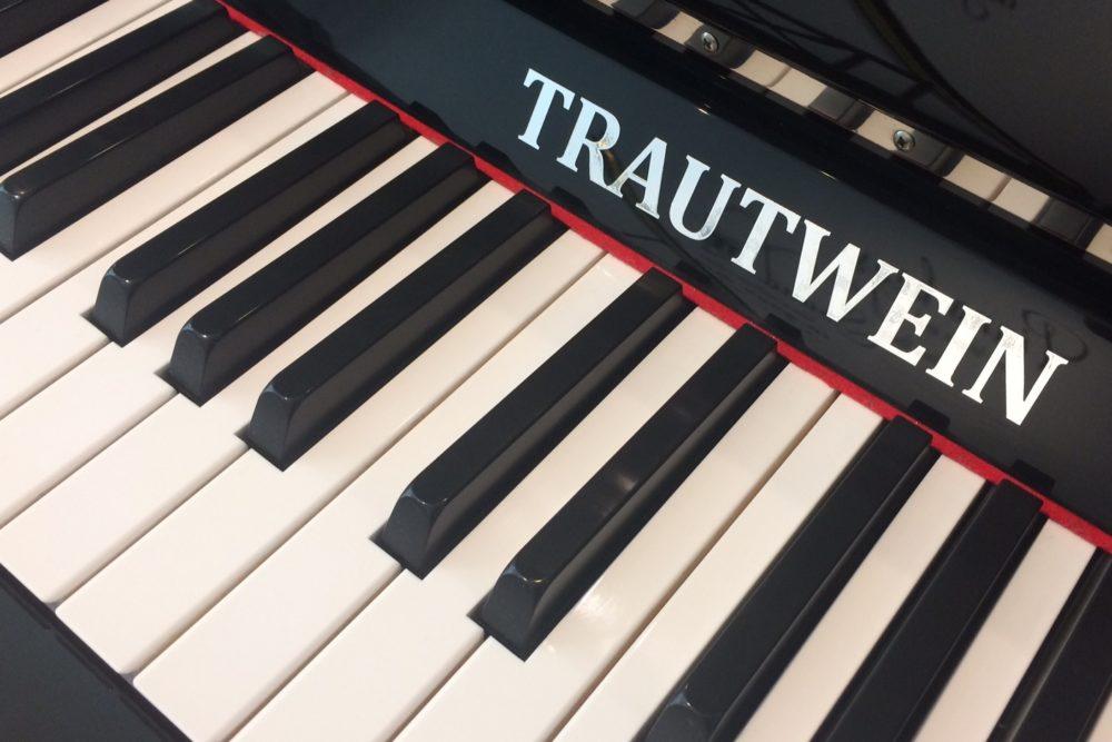 Trautwein Klavier Tastatur