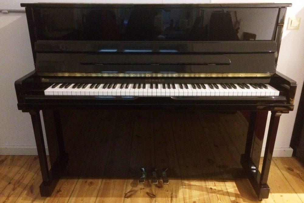 Hohner Klavier
