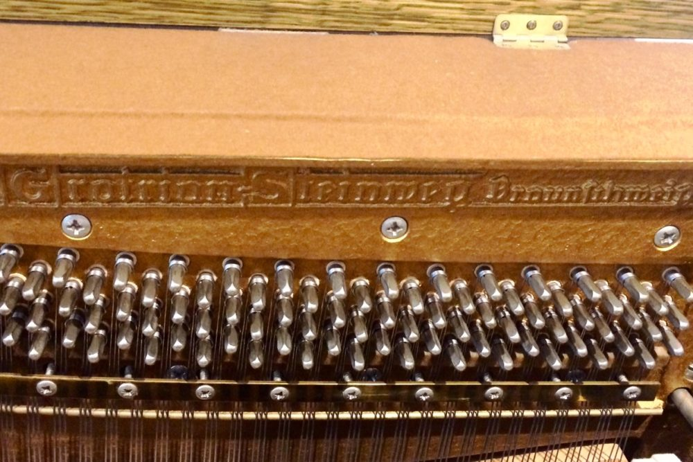 Grotrian Steinweg Klavier innen