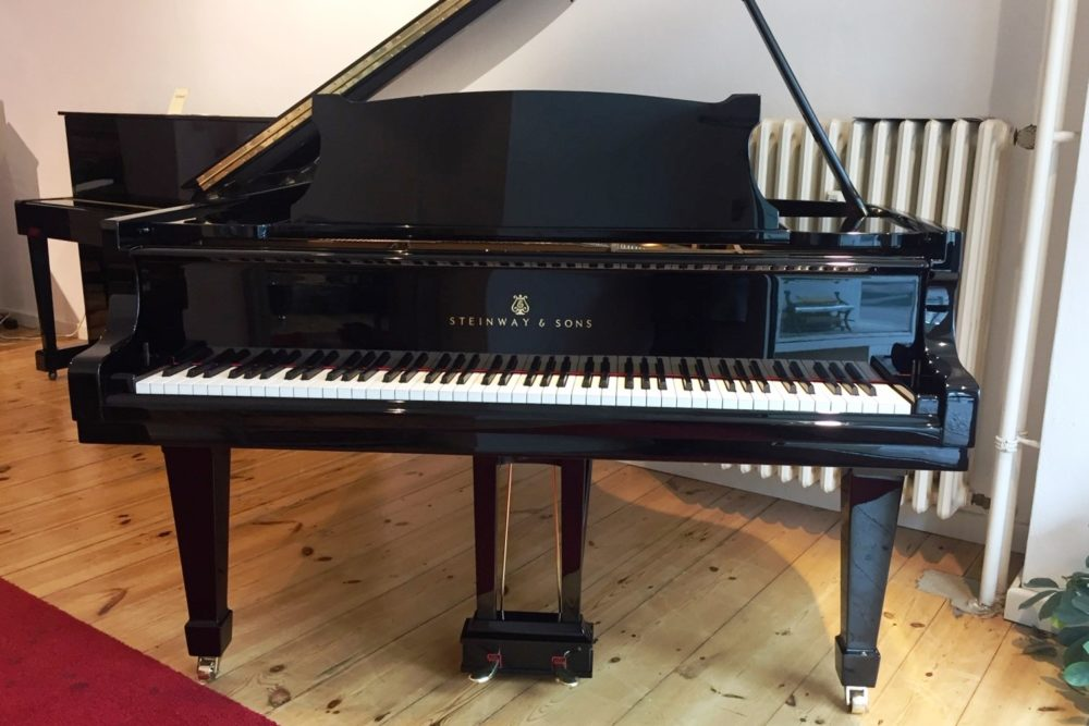 Steinway & Sons O Grand Piano