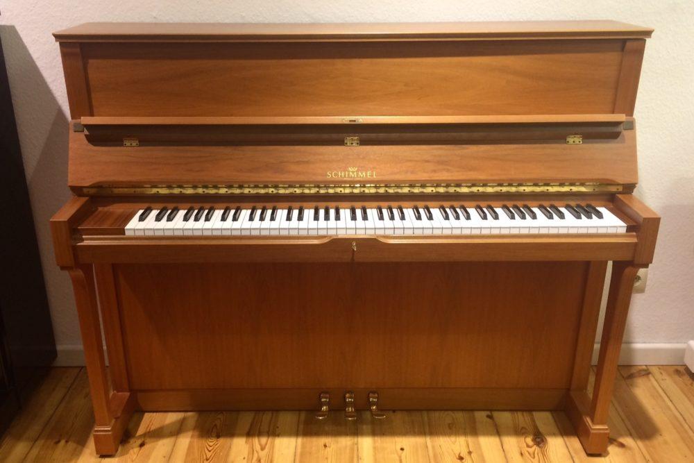 Schimmel Klavier 120 T Holz
