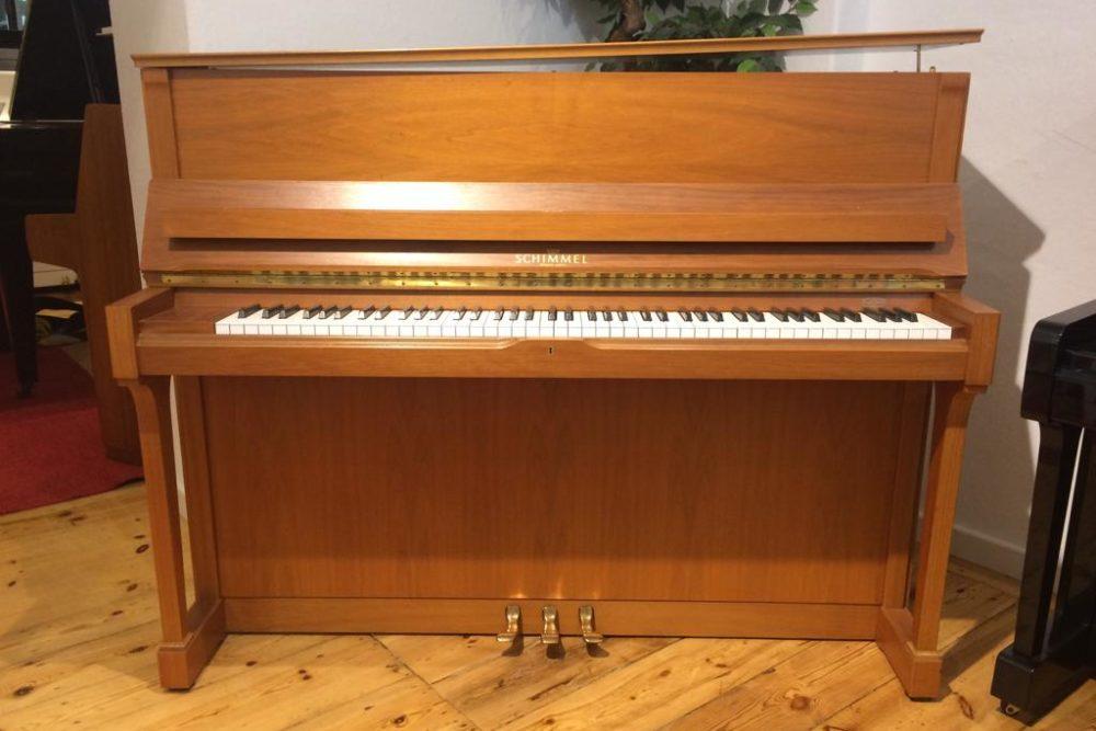 Schimmel Klavier C120T