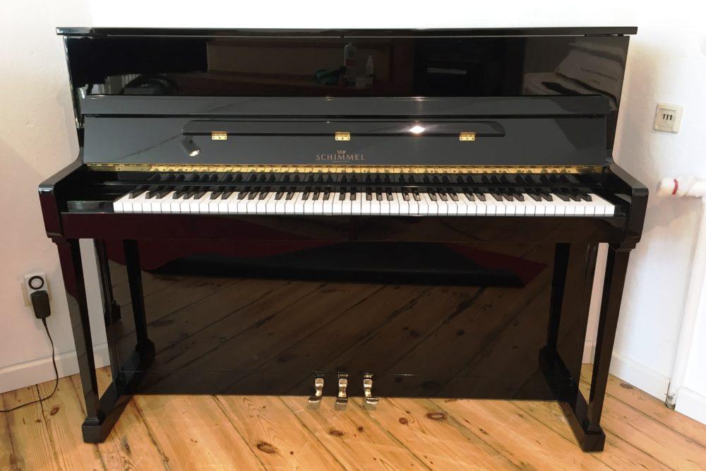 Schimmel Klavier Mod. 114 T schwarz