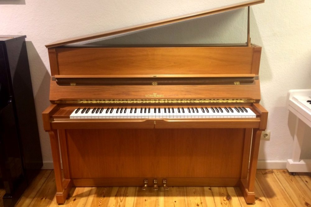 Schimmel Klavier Modell 120 T