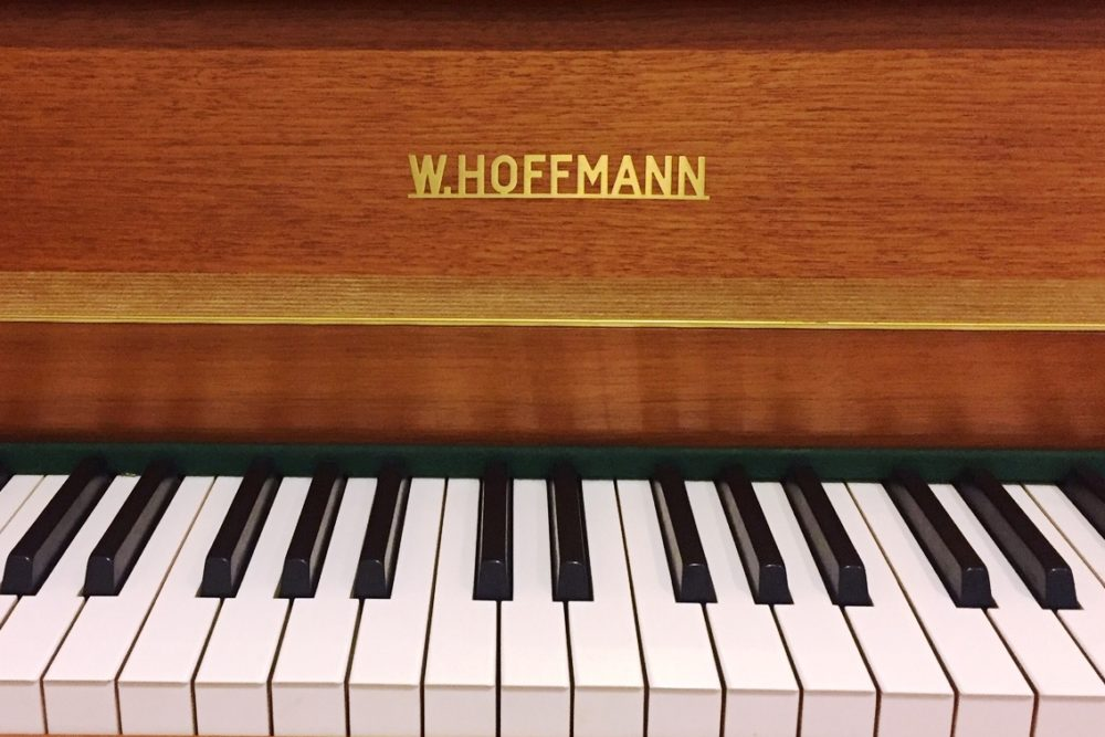 W. Hoffmann Klavier Tastatur