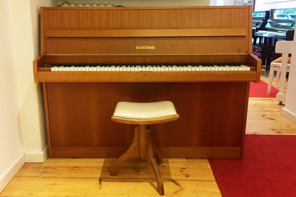 W. Hoffmann Piano