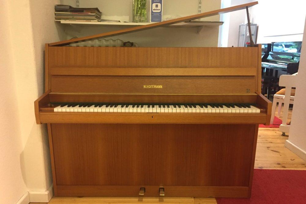 W.Hoffmann Klavier