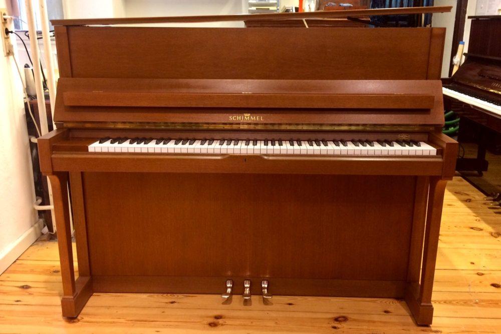 Schimmel Klavier C 120 T
