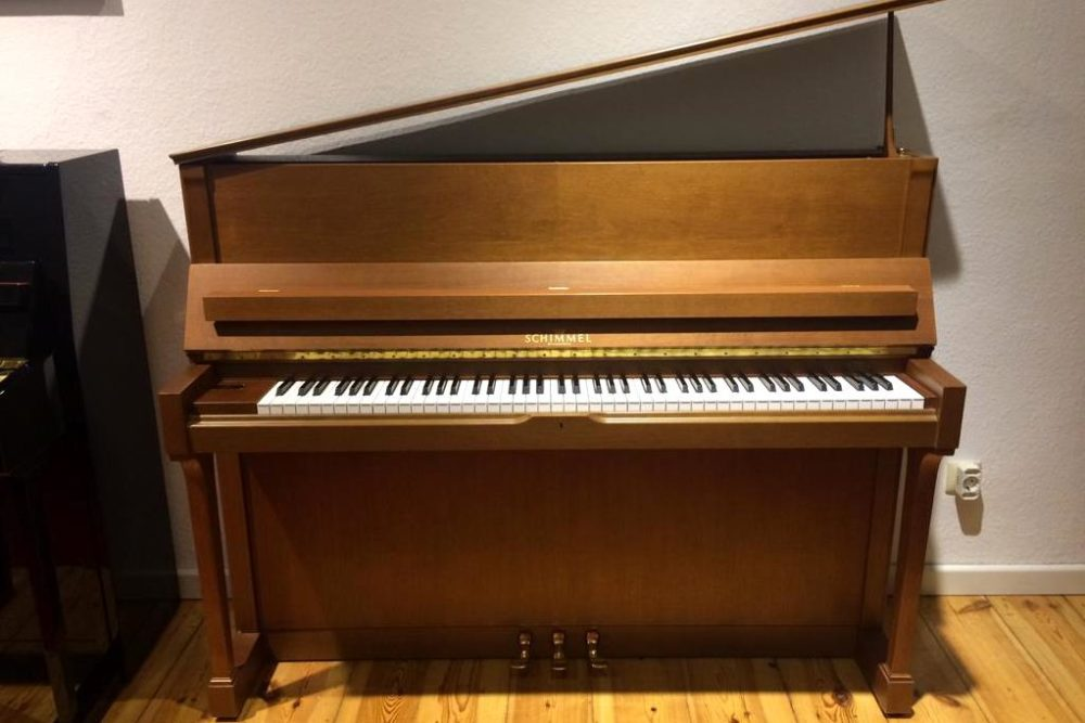 Schimmel Piano C 120 T