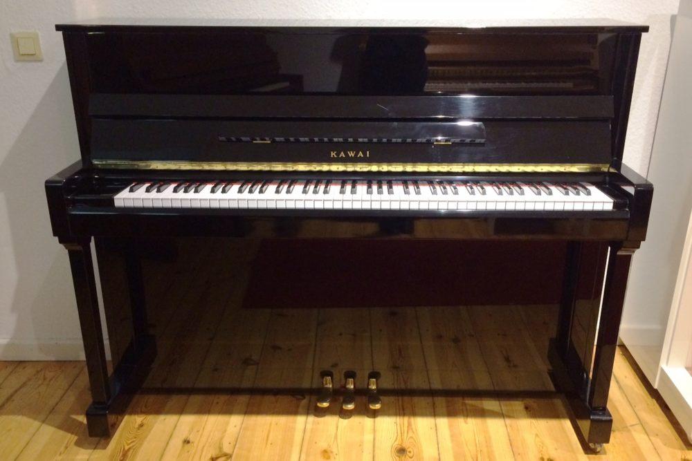 Kawai Klavier KX-15