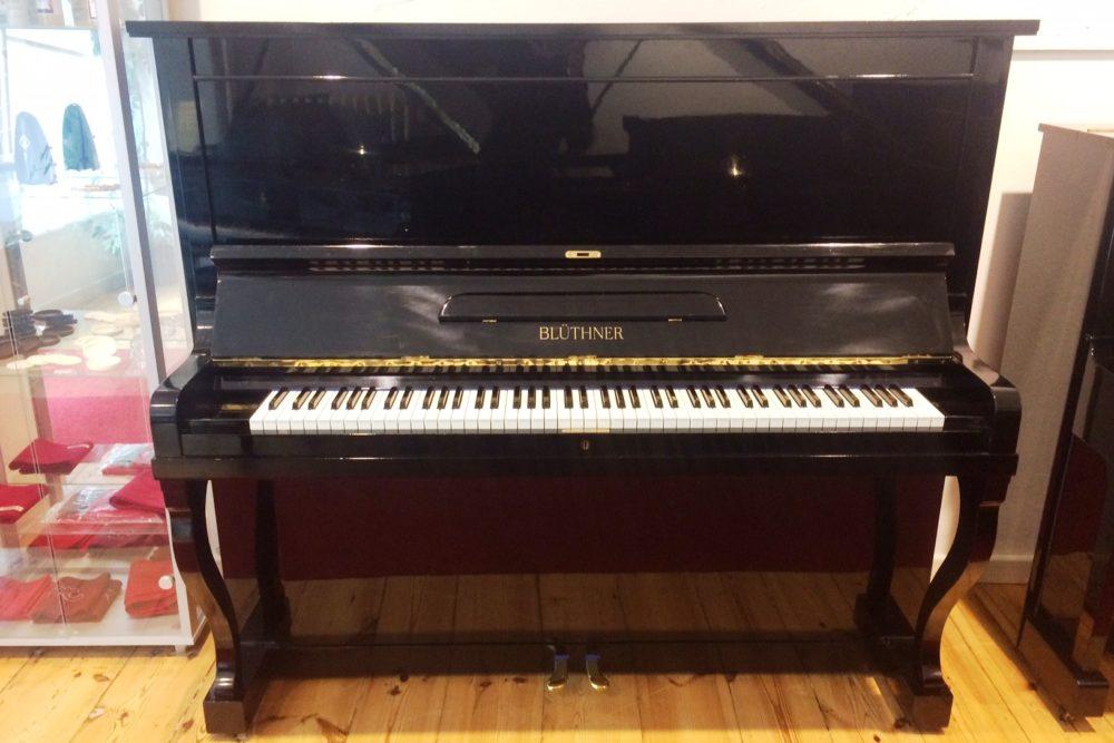 Blüthner Klavier Modell S