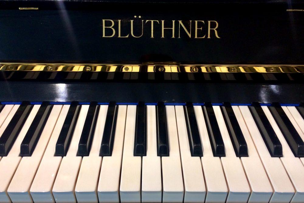 Blüthner Klavier Tasten