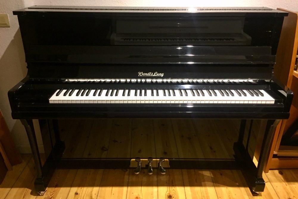 Wendl & Lung Klavier (2)