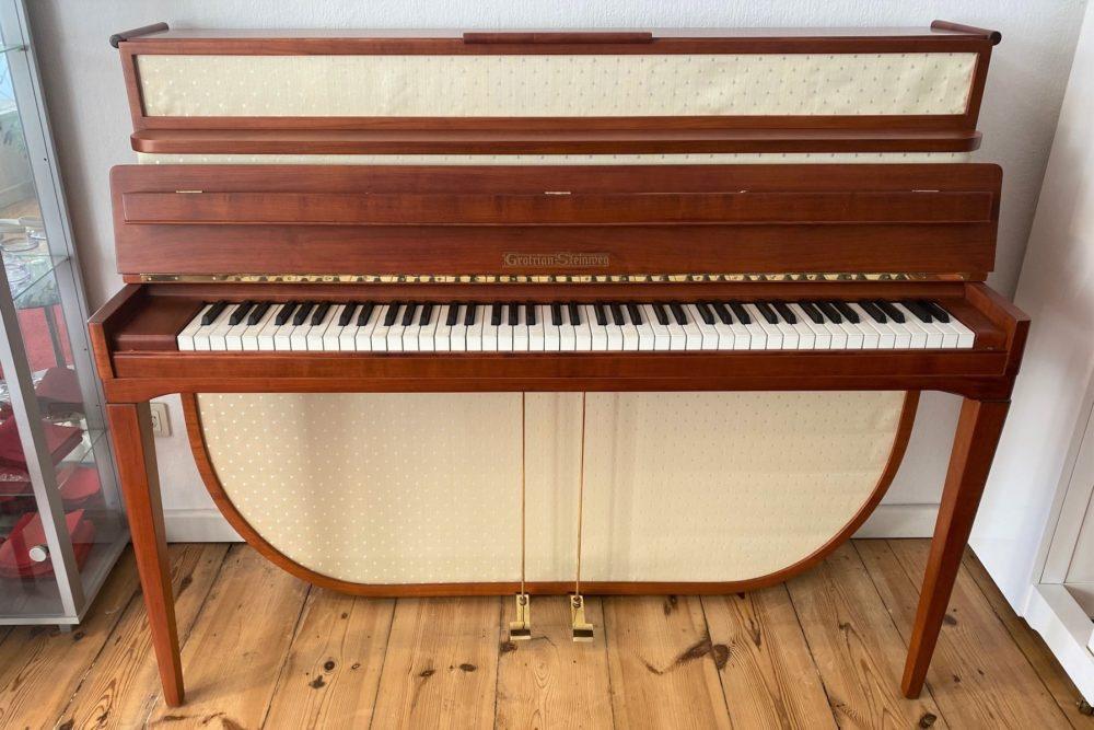 Grotrian Steinweg Klavier 110