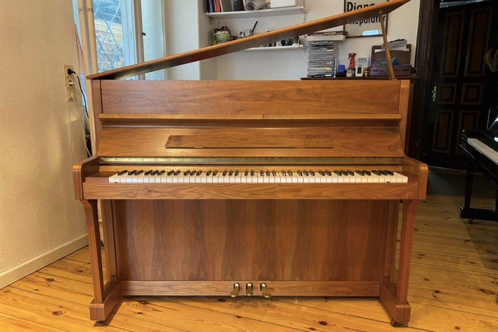 Trautwein Klavier Modell T 113