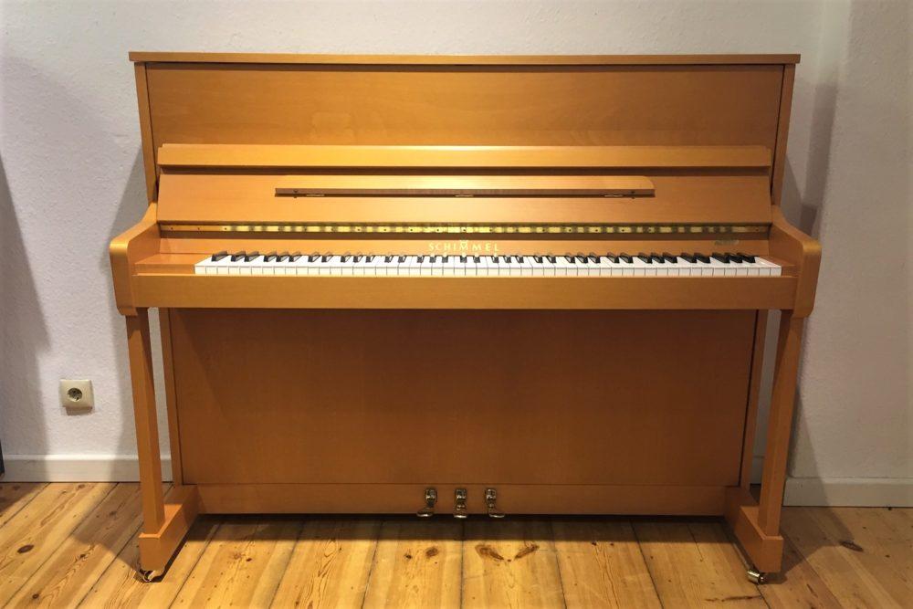 Schimmel Klavier 118