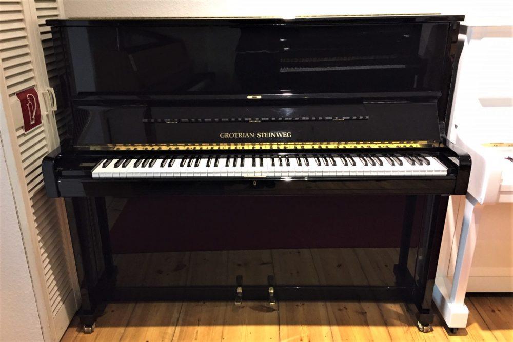 Grotrian-Steinweg-Klavier-122V