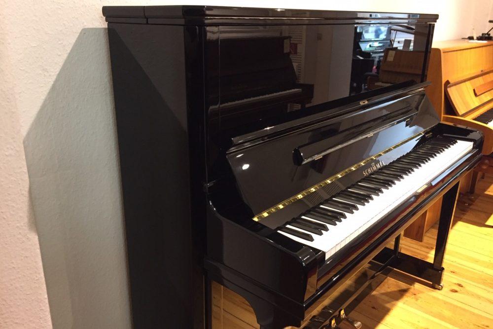 Schimmel-Piano-C130