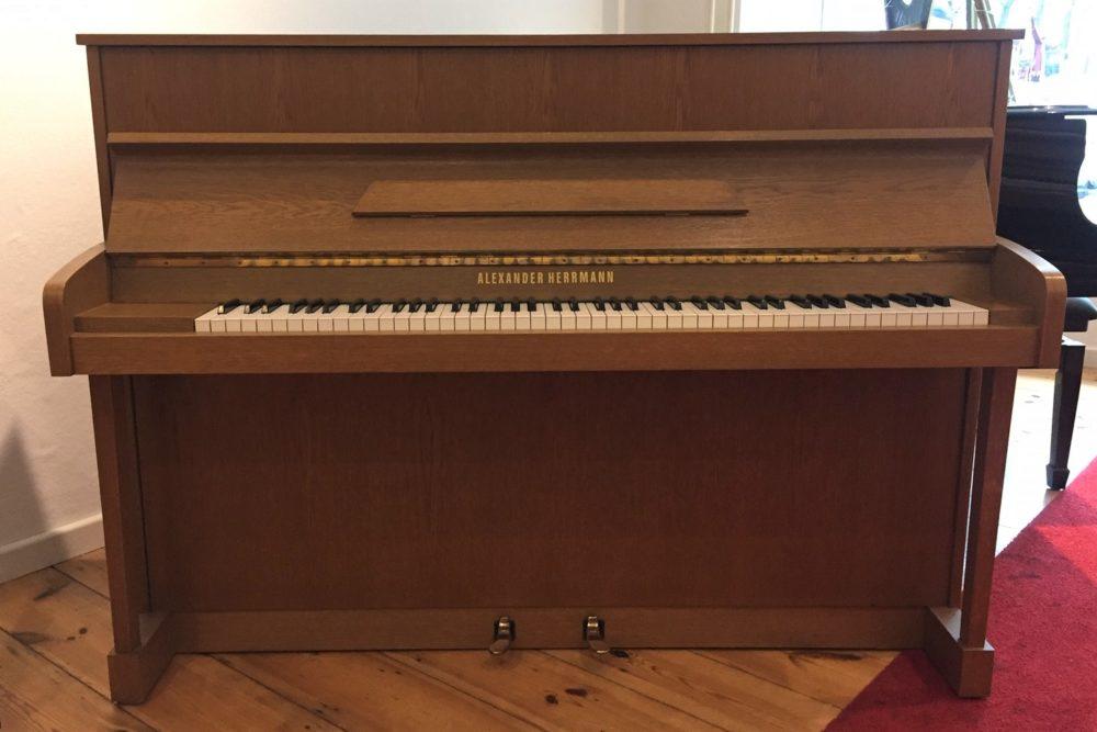 Alexander-Herrmann-Klavier