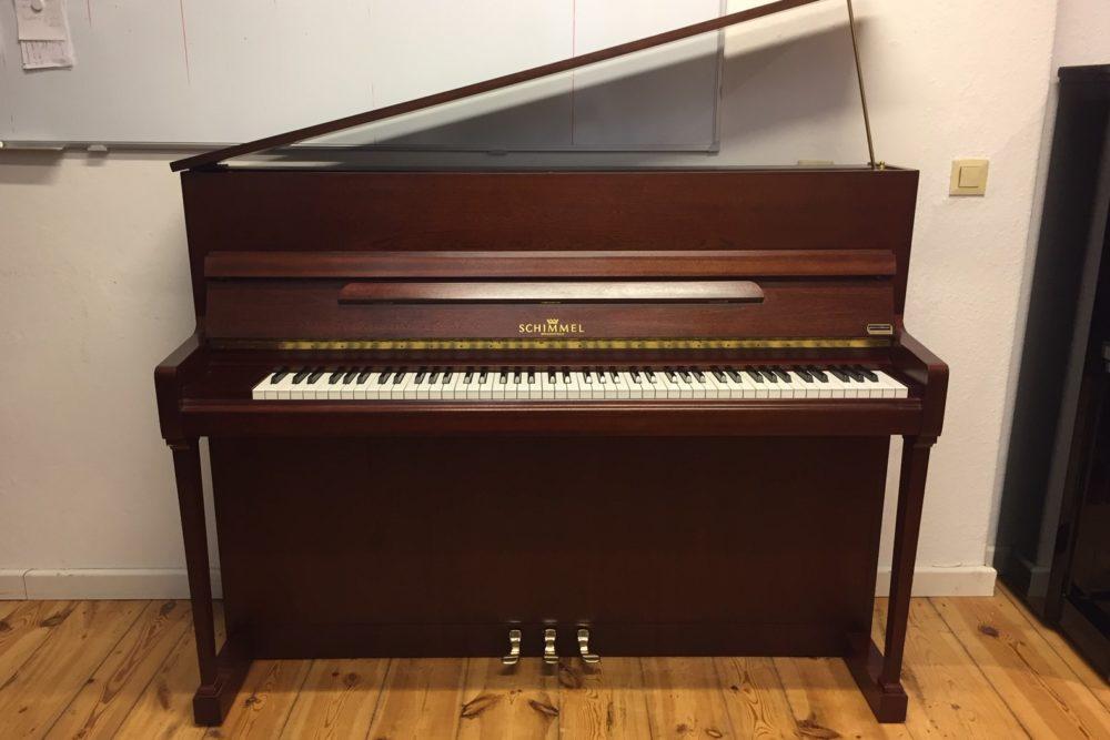 Schimmel-Klavier-112T
