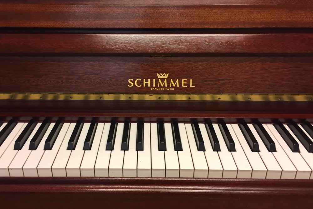 Schimmel-Klaviertastatur