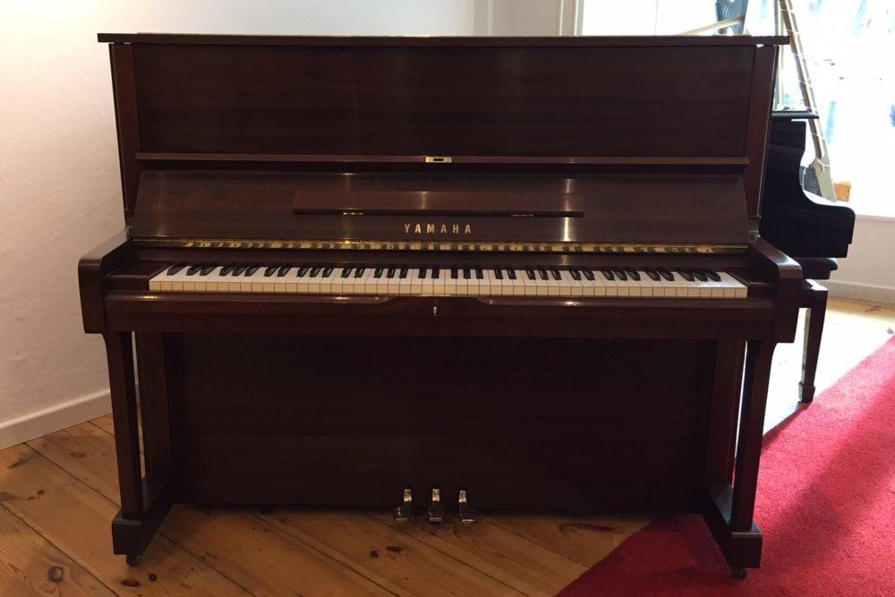 Yamaha-Piano-Modell-U1