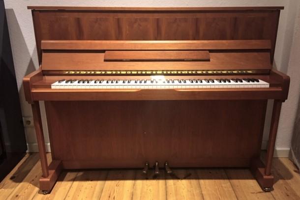 Kemble-Klavier-by-Yamaha