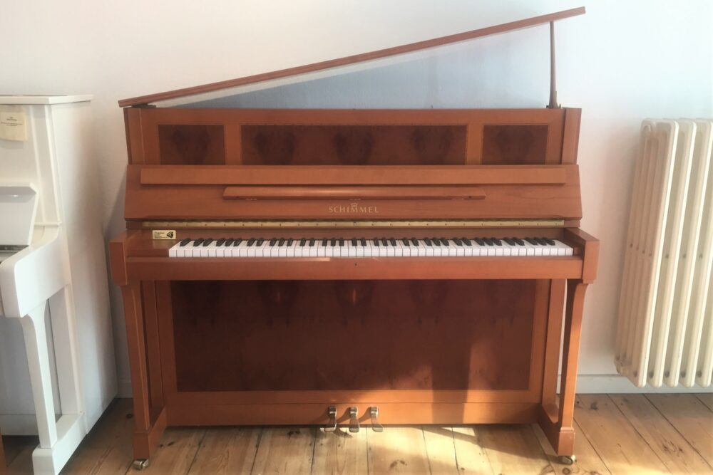 Scbhimmel-Klavier-Kirschholz