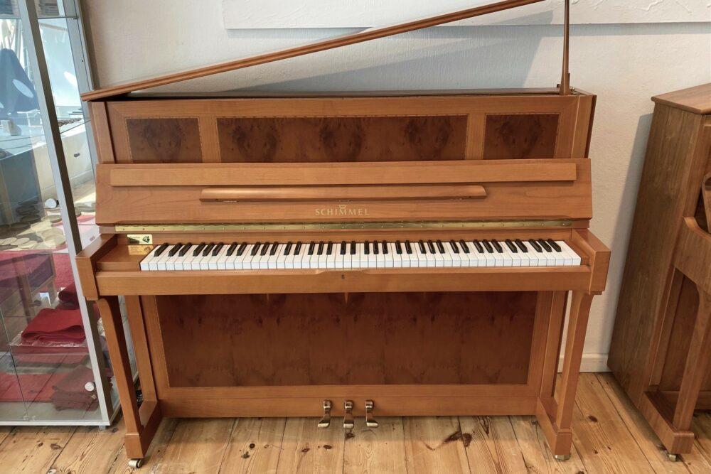 Schimmel-Klavier-Mod.C121