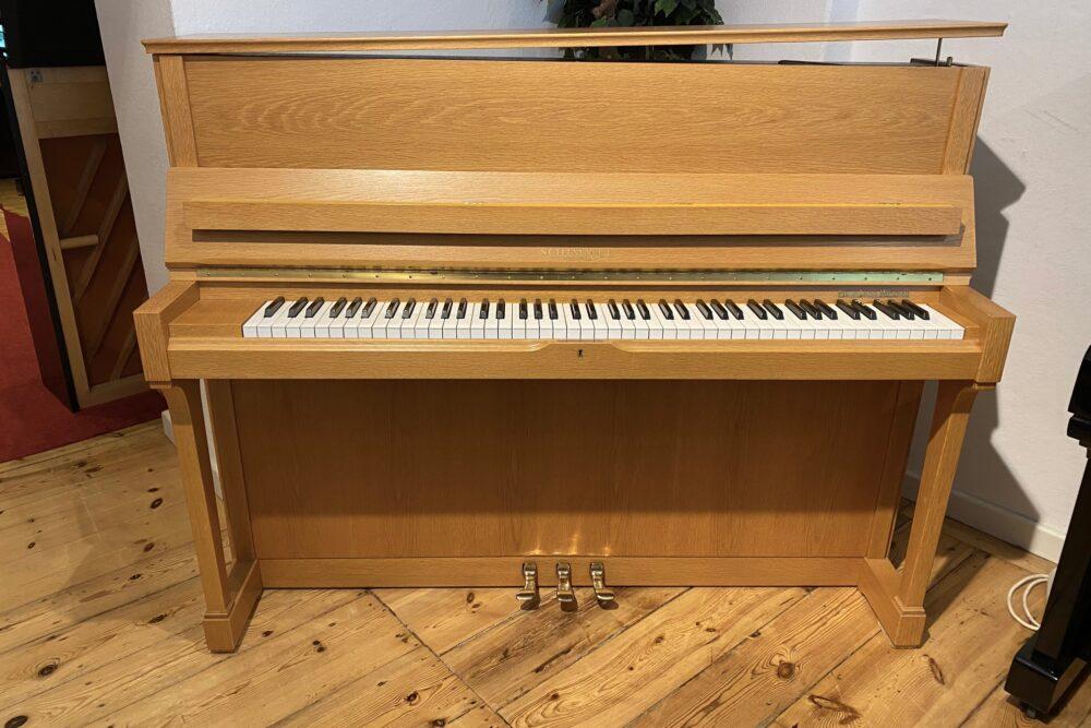 Schimmel-Klavier-Mod.-118T