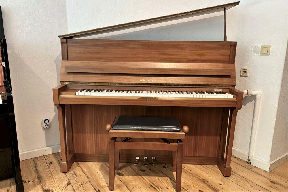 Schimmel-Klavier-Mod.118